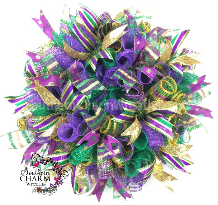 deco-mesh-mardi-gras-wreath-curly-ribbon-6