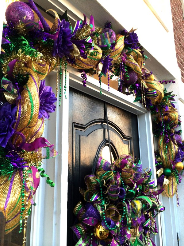 How To Make A Deco Mesh Mardi Gras Garland Teaching You