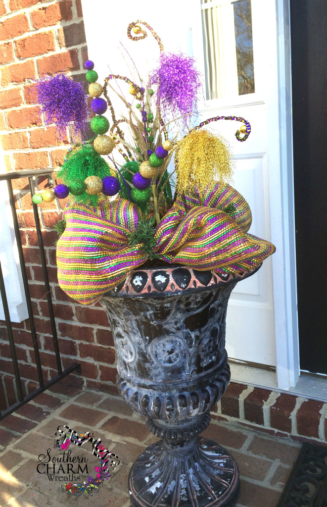 Deco Mesh Mardi Gras Planter - Learn to make this yourself!